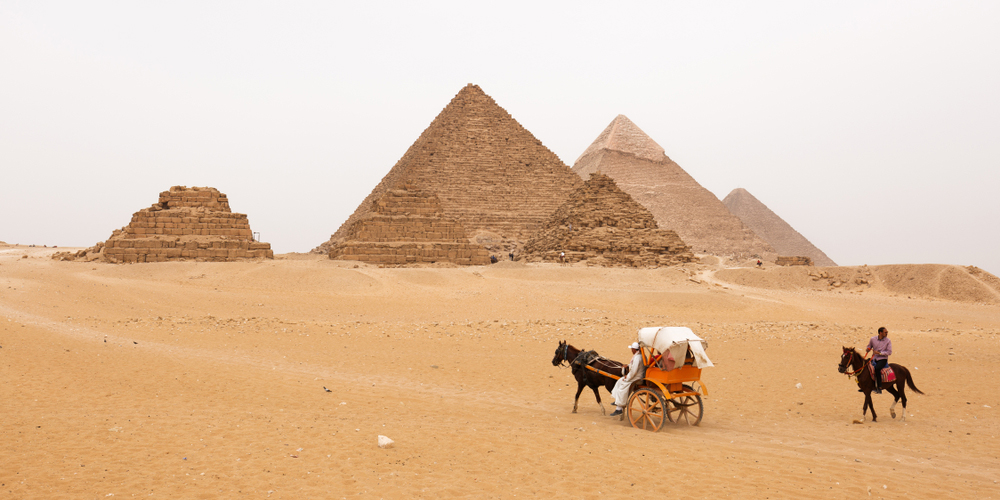 Giza Pyramids - Day Trip To Cairo From El Gouna By Bus - Tours from Hurghada