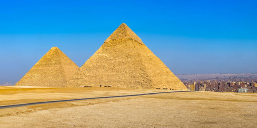 Giza Pyramids Complex - Overnight Tours to Cairo from Makadi by Bus - Tours from Hurghada