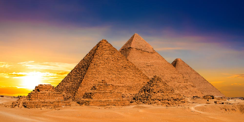 Giza Pyramids Complex - Pyramids Tour from Makadi by Flight - Tours from Hurghada