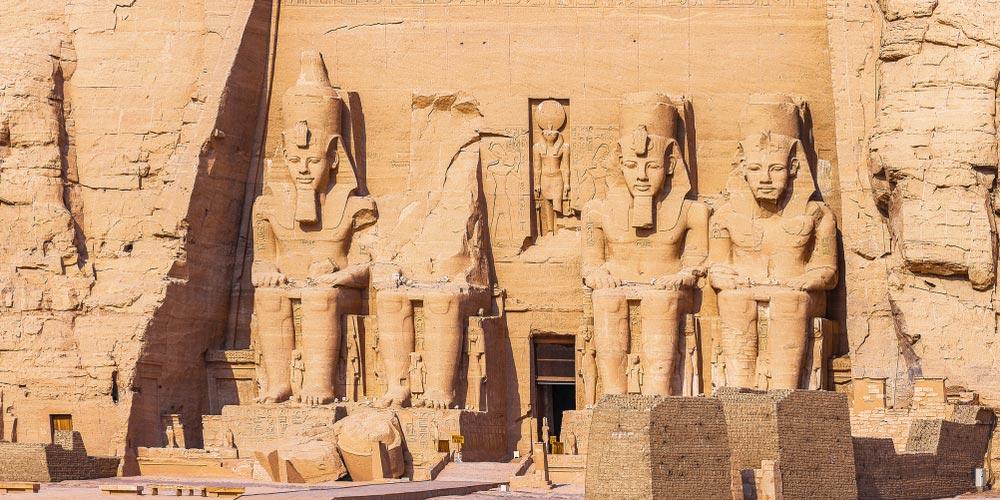 Den Abu Simbel Tempel - 2 Tägigen Ausflug nach Assuan und Abu Simbel von Makadi - Tours from Hurghada