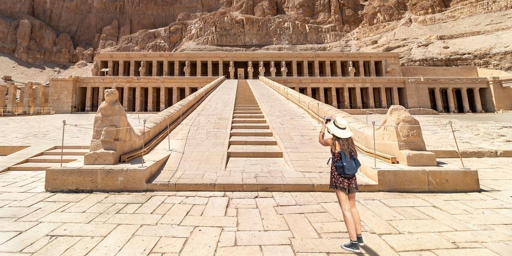 Den Hatschepsut Tempel - 2 Tägiger Ausflug Luxor und Abu Simbel von El Gouna - Tours from Hurghada