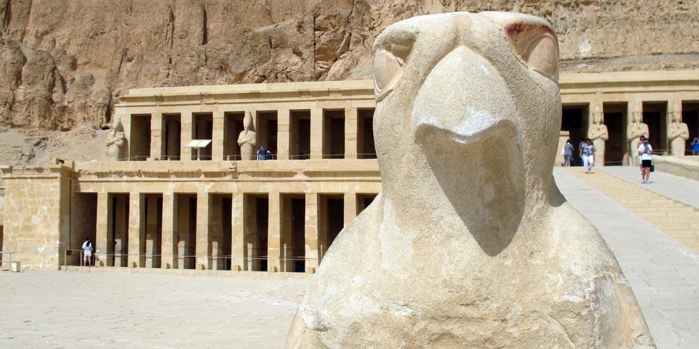 Den Hatschepsut Tempel - 2 Tägiger Ausflug nach Luxor von Makadi - Tours from Hurghada
