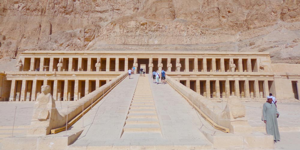 Den Hatschepsut Tempel - 2 Tägiger Ausflug Nach Kario und Luxor von Hurghada - Tours from Hurghada