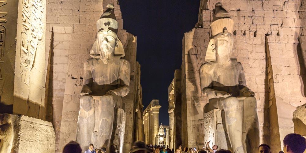 Den Luxor Tempel - 2 Tägigen Ausflug nach Luxor von Marsa Alam - Tours from Hurghada