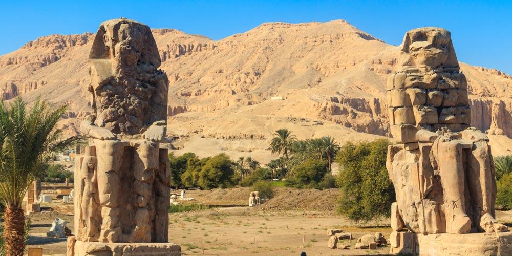 Die Memnon Kolosse - Tagesausflug von Makadi nach Luxor - Tours from Hurghada