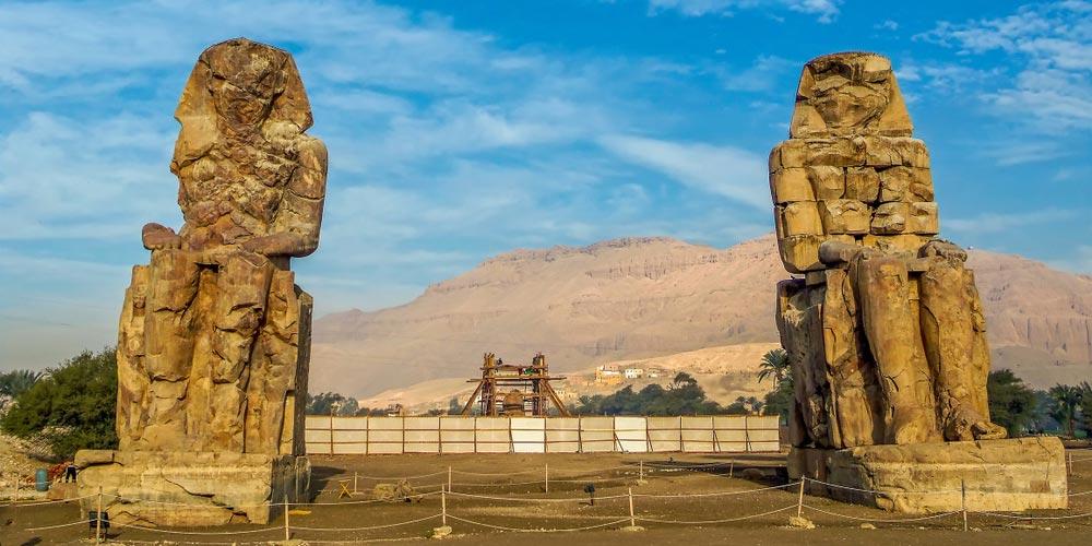 Die Memnon Kolosse - Tagesausflug von Marsa Alam nach Luxor - Tours from Hurghada