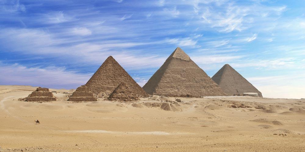 Die Pyramiden - Ausflug nach Kairo vonMakadi mitEinem Fahrzeug - Tours from Hurghada