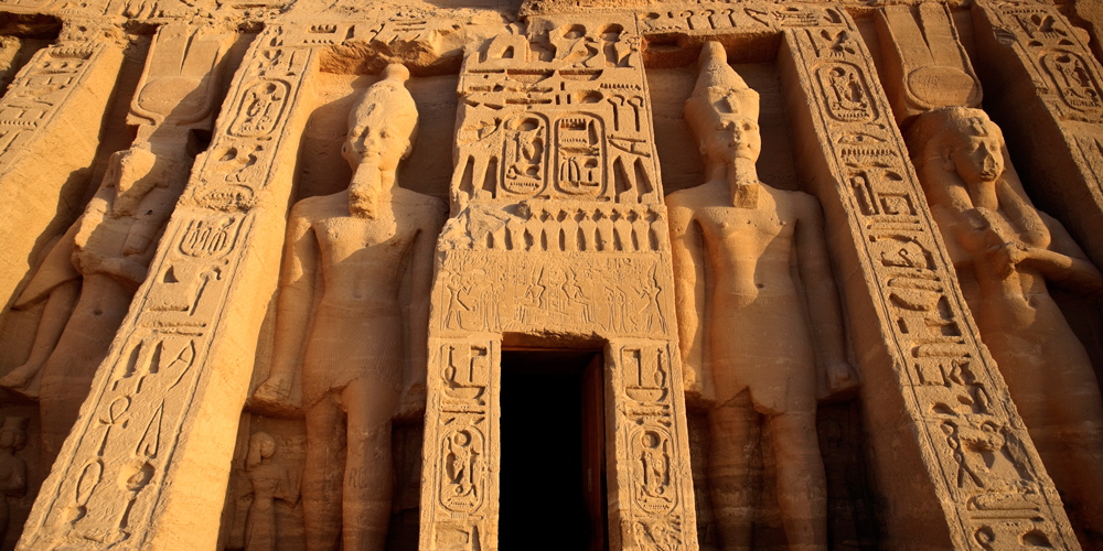 Abu Simbel - Aswan & Abu Simbel Tour from Makadi - Tours from Hurghada