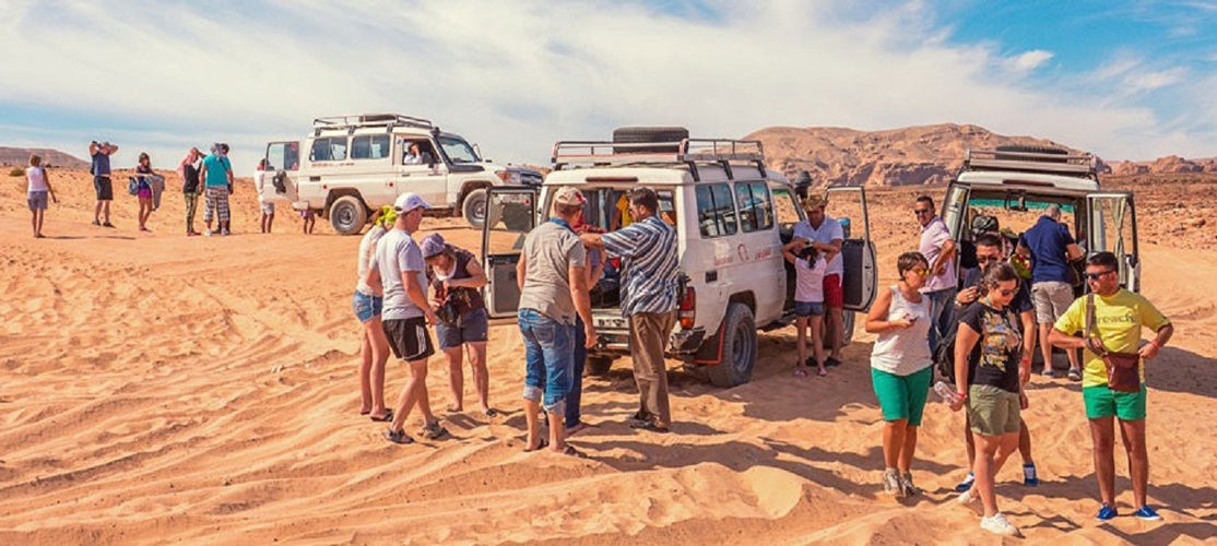 Safari Excursions By Jeep From El Gouna - Tours from Hurghada
