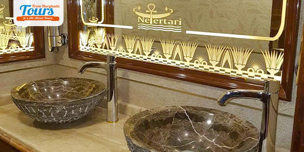Bathroom Nefertari Boat - Tours from Hurghada