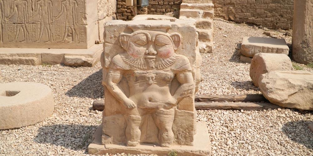 Denedra Monuments - Dendera Tour from Port Ghalib - Tours from Hurghada